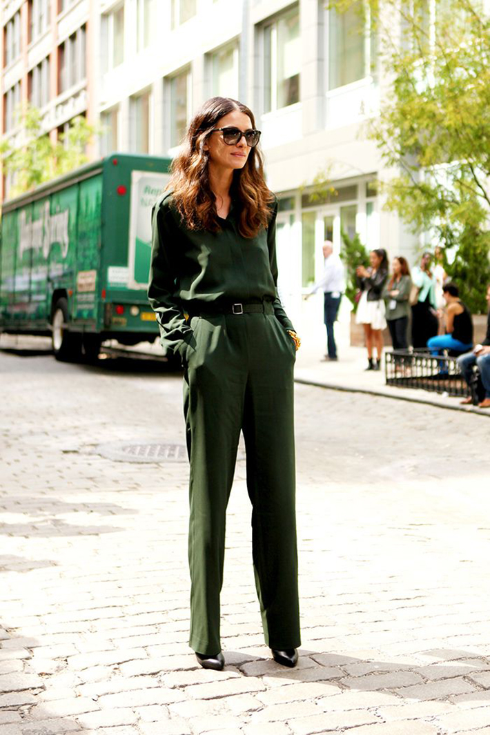 Military style green olive street style inspiration04