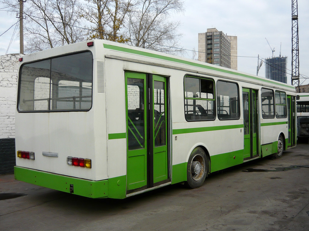 ЯАЗ-5267