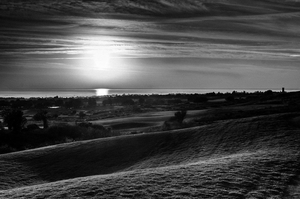 Elea Golf series _4/5 Sunset
