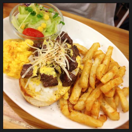 Dundas St. Mini_Beef Brunch