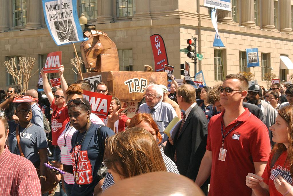 01a_TPP_Rally_Sanders