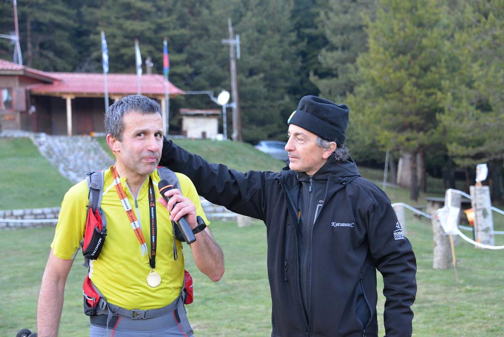 Ιδιαίτερη στιγμή ο τερματισμός του Λάζαρου Ρήγου, εμπνευστή και οραματιστή των αγώνων της Ροδόπης με τον οποίον είχαμε την χαρά και την τιμή να τρέξουμε για λίγες στιγμές μαζί ... | Photo (c): Θεόδωρος Γιαννόπουλος