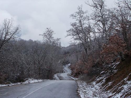 χιόνι δρόμοσ χειμώνασ διαδρομή άγιοσηλίασ στροφέσ σπήλιοσ