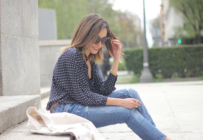 polka dots shirt jeans red sandals zara13