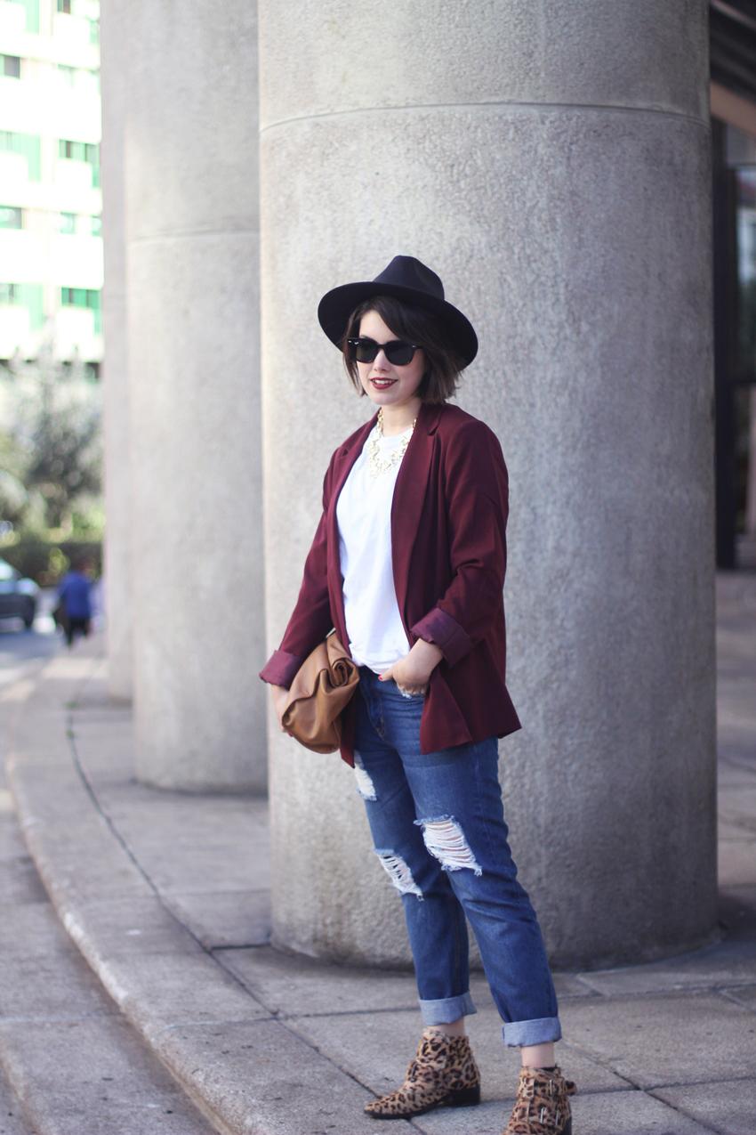 marsala-blazer-with-boyfriend-jeans-forever21-streetstyle-myblueberrynightsblog