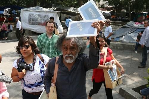Francisco Toledo festeja el libro y fomenta la lectura en Oaxaca