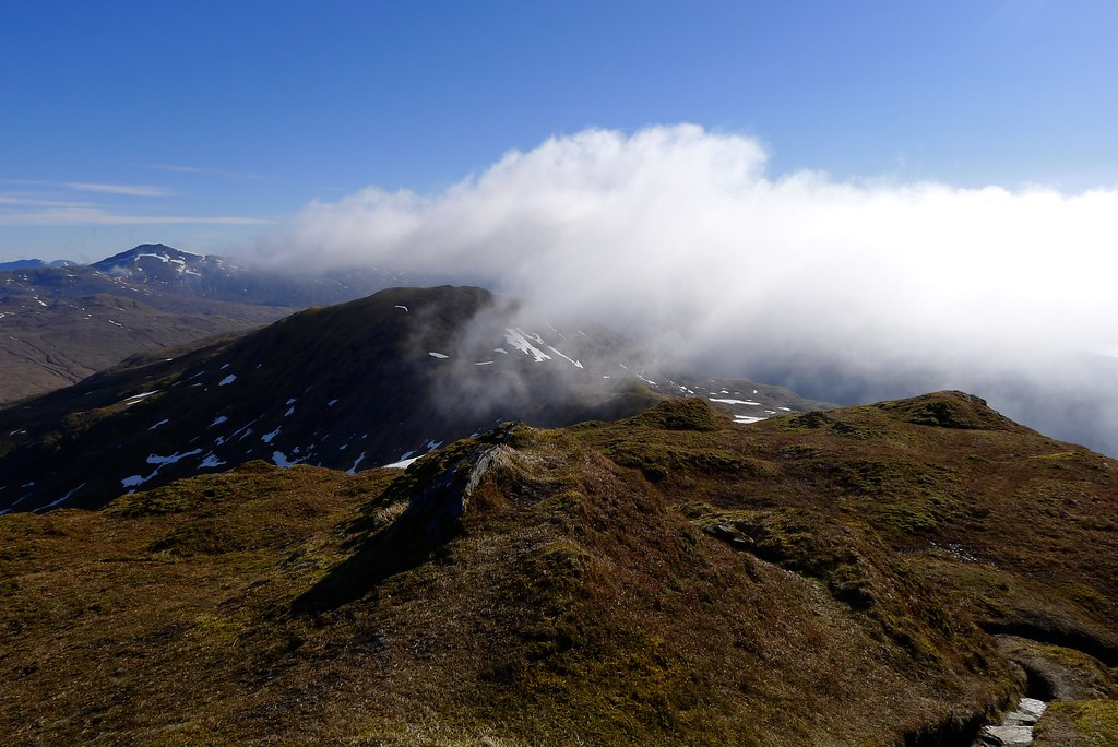 Cloud coming over Beinn Bhuidhe