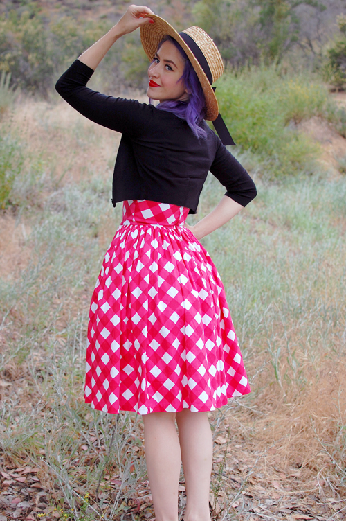 Pinup Girl Clothing Jenny dress in Red and White Picnic print