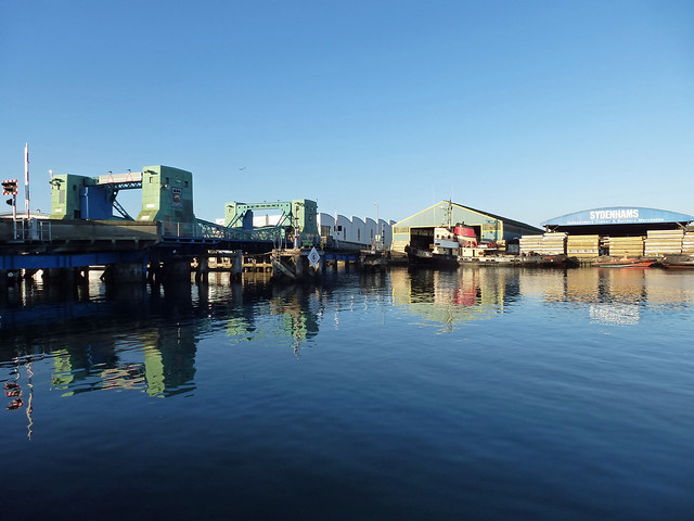 view of the bridge 225/366