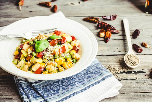 vegetarian vegetable stew with peas and corn, curry, healthy dinner