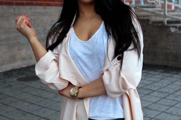 coat 214