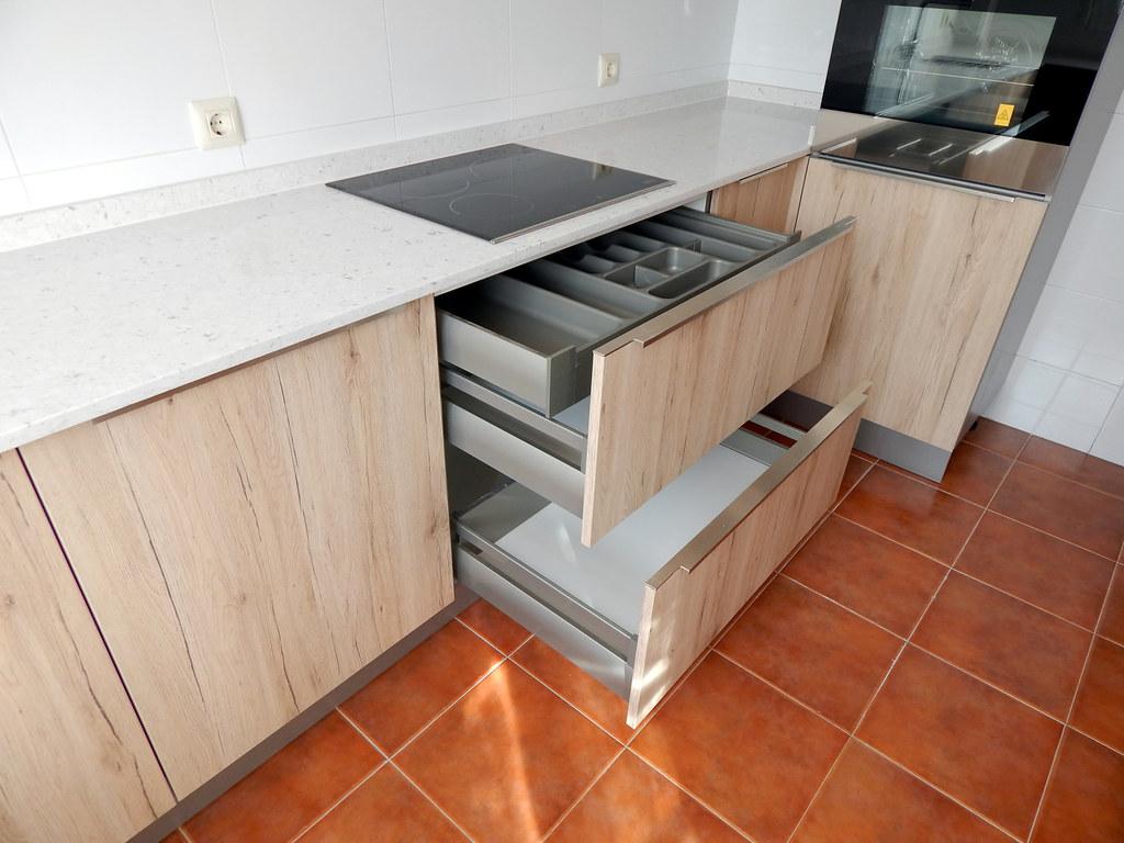 Muebles de cocina roble arena for Muebles de cocina hipercosa