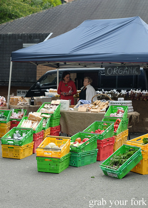 Organic fruit and vegetables at Thorndon Farmers' Market, Wellington