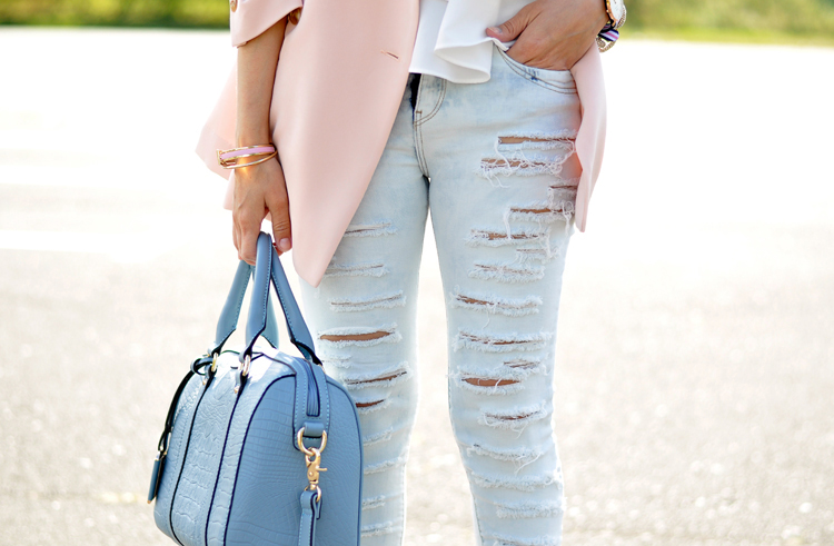 RIPPED JEANS_08