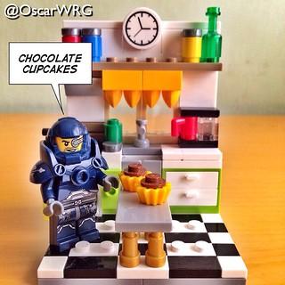 #LEGO_Galaxy_Patrol #LEGO #chocolate #cupcakes @lego_group @lego @brickcentral @bricknetwork