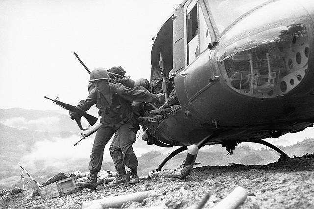 Vietnam War 1969 - Hamburger Hill - Photo by Shunsuke Akatsuka