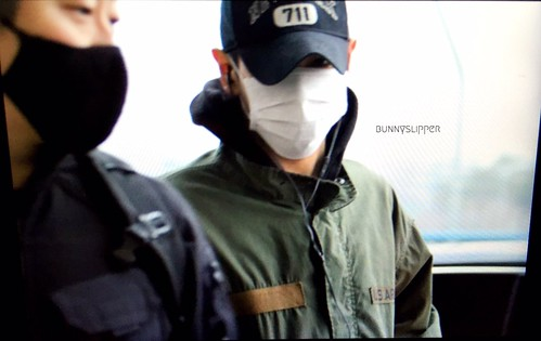 Big Bang - Gimpo Airport - 31dec2015 - bunnyslipper - 01