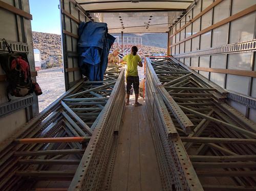 Loading the pallet racks