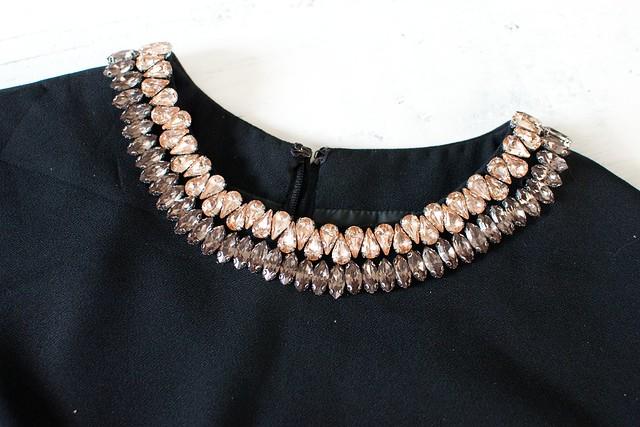 Make a jewelled rhinestone crop top www.apairandasparediy.com