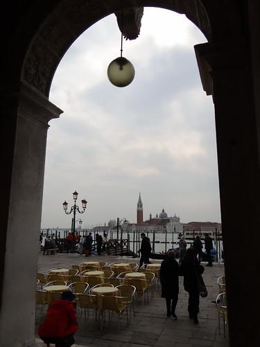 Venedig - Hafenstadt im Nordosten Italiens der Urlaub ist es ein Traum in einer Gondel über den Canale Grande in Venedig