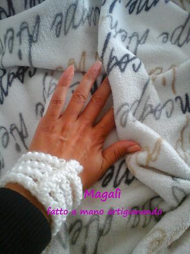 bracciale bianco a spighetta 4