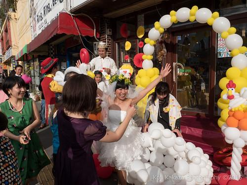 ブエノチキン 路上結婚式-124