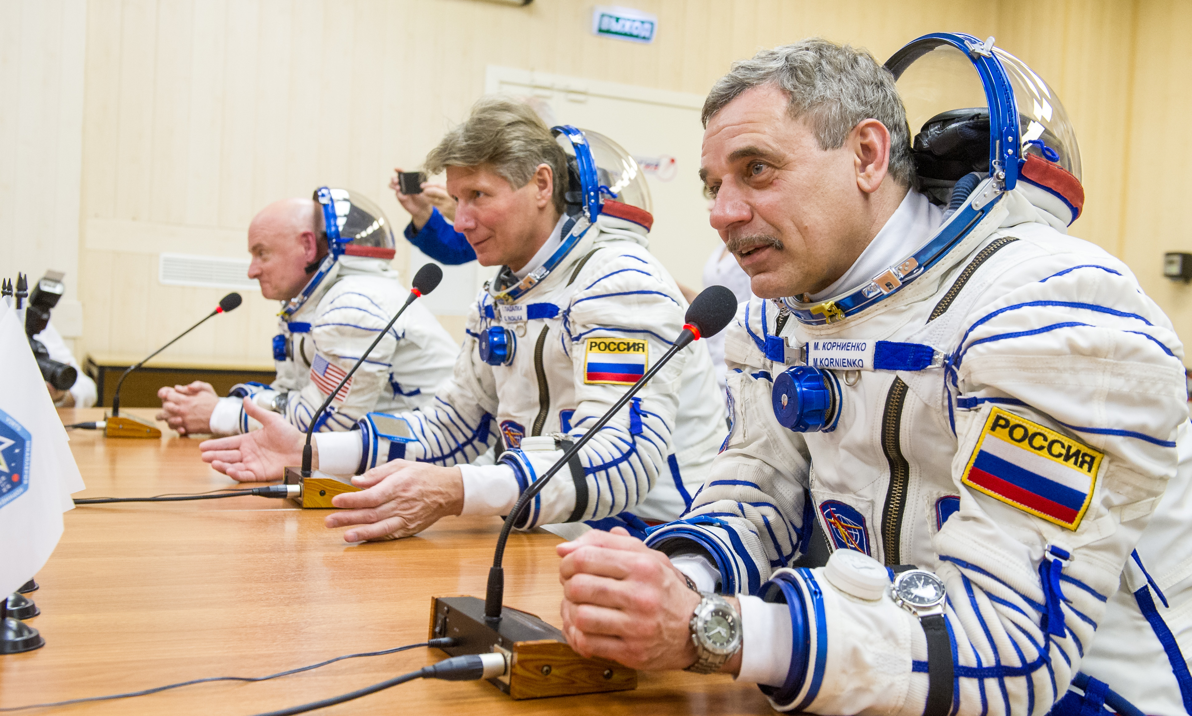 Expedition 43 Preflight (201503270029HQ)
