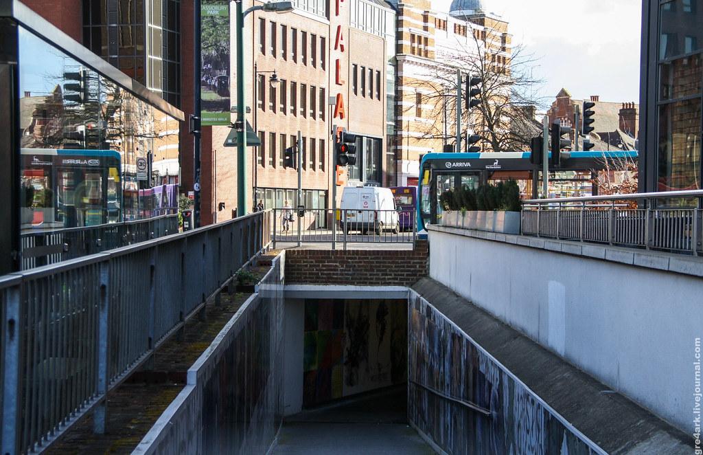 Наземный переход над подземным, Большой Лондон