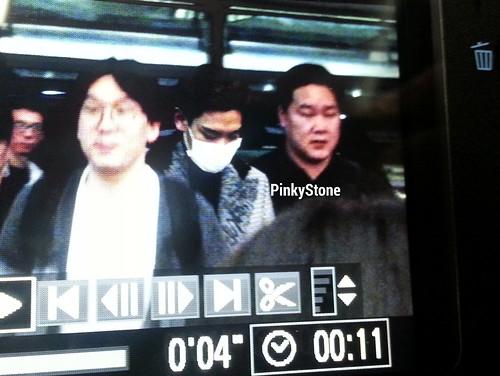TOP - Hong Kong Airport - 15mar2015 - PinkyShek - 02