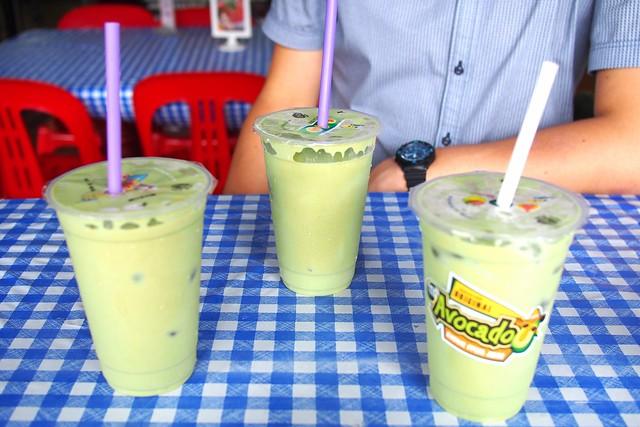 avocado shake! Salut Coffeeshop, 119 Bukit Merah Lane 1