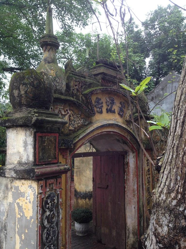 Co Phap Pagoda (11)