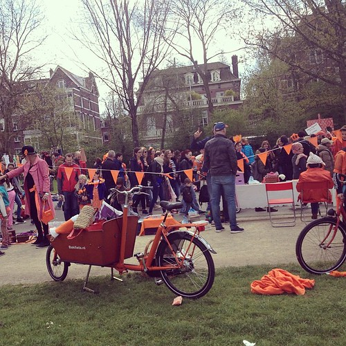 More #orange #qday #koningsdag  #kingsday #holland #amsterdam #cyclechic #cargobike #party #family