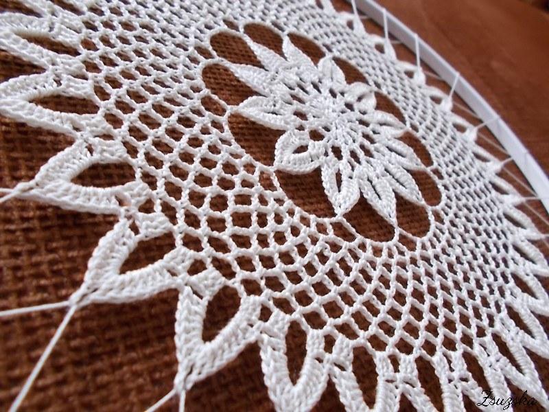 crochet+doily, suncatcher (5)