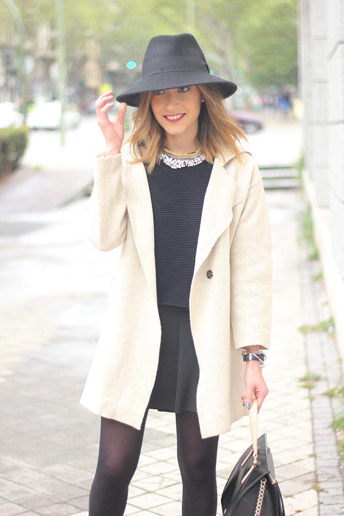 Beige Jacket Choies Black Skirt Suiteblanco Black Hat Uterqüe14