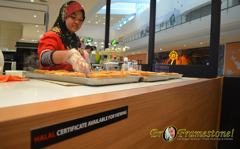 Just Pie IOI City Mall Putrajaya Sijil Halal