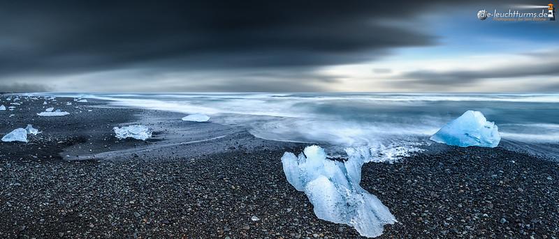 Crystals at the edge of Atlantic