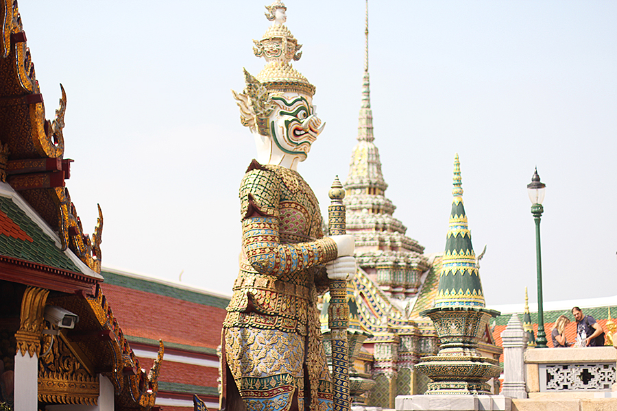 Temple-of-the-Emerald-Buddha_05