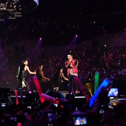 G-Dragon_at_KCon-LA-20140809 (11)