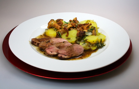 Pfifferling-Kartoffel-Salat mit Entenbrust