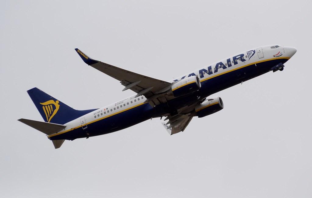 EI-EFZ - B738 - Ryanair