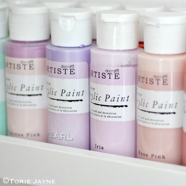 Pretty Lilac Acrylic paint