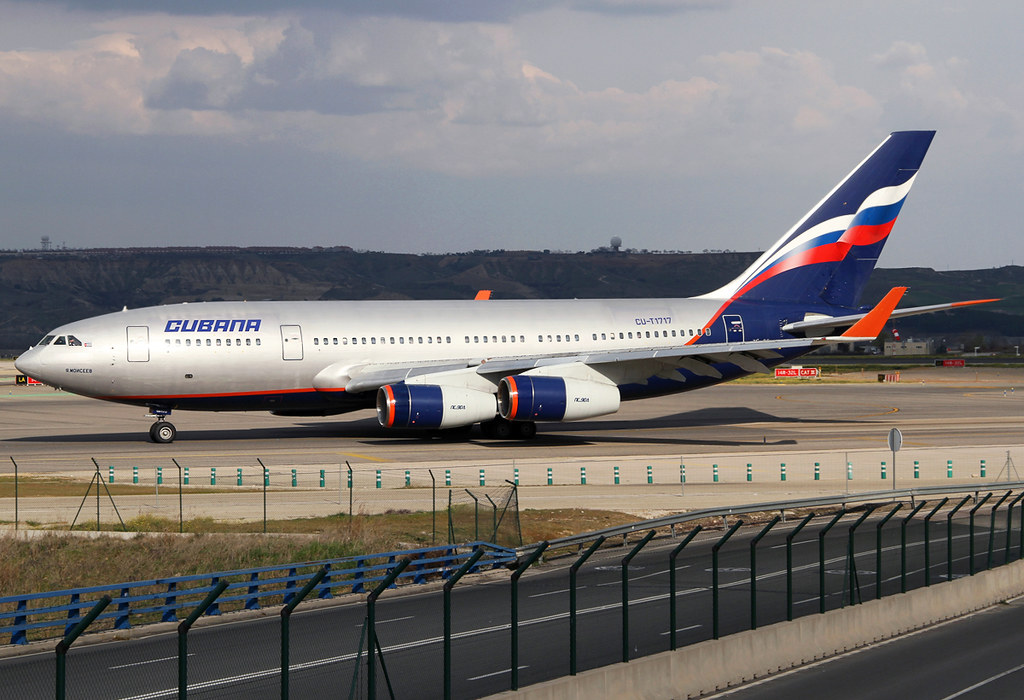 On the way to RWY36L for departure to Santiago de Cuba SCU as CU471, catching a rare spot of sunlight. Still in basic Aeroflot colors. Delivered 07/1993. As I missed Aeroflot's IL-96s during their last days in Istanbul this shot is kind of compensation.