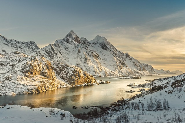 Afternoon Sun Highlights - Lofoten