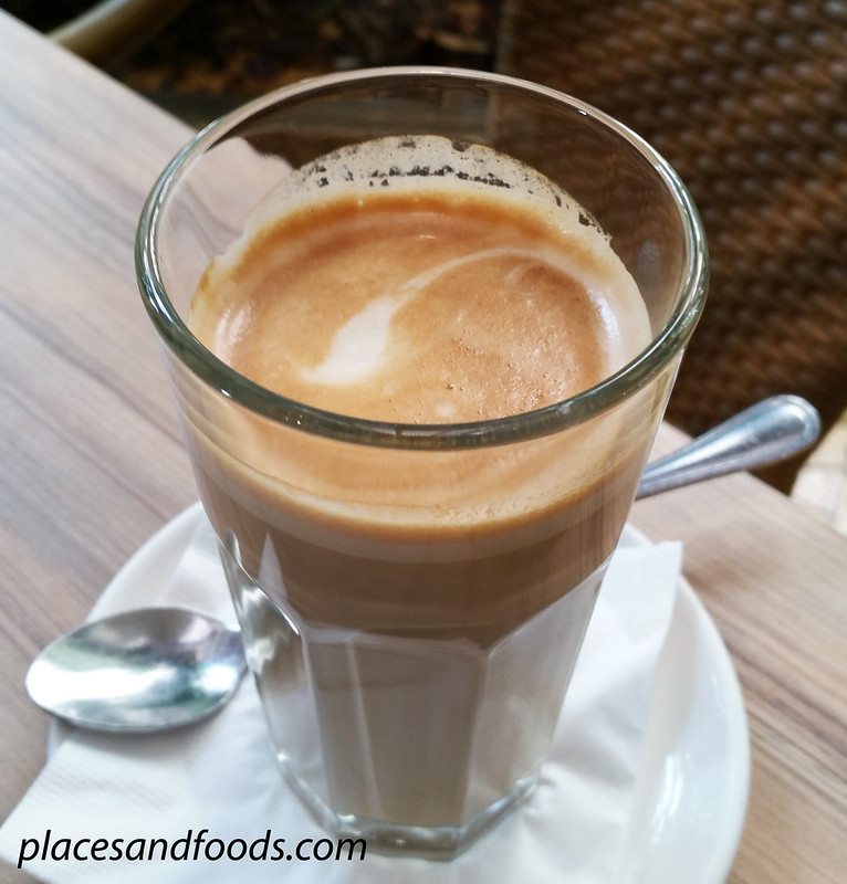 levain boulangerie pattiserie coffee latte