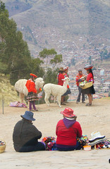 STREET VENDORS, NEAR CUSCO, PERU