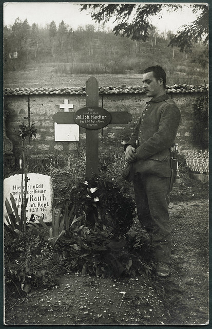 Archiv G450 Soldatengrab, 1914