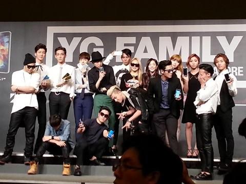 YGFamilyConcert-Press-Con-Singapore-20140912(18)