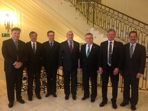 Reunión en Varsovia con el SG de la OCDE, José Ángel Gurría