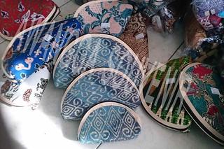dompet batik rit tiga