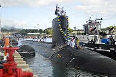 The Virginia-class fast attack submarine USS Hawaii (SSN